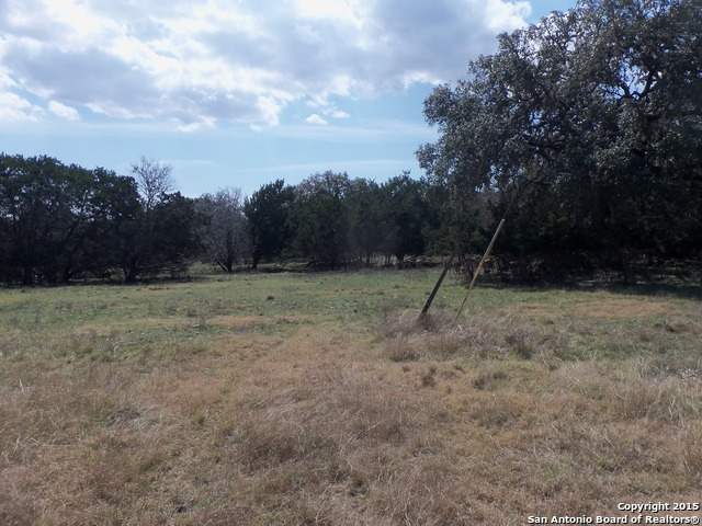 00-deerwood-circle-bandera-tx-78003