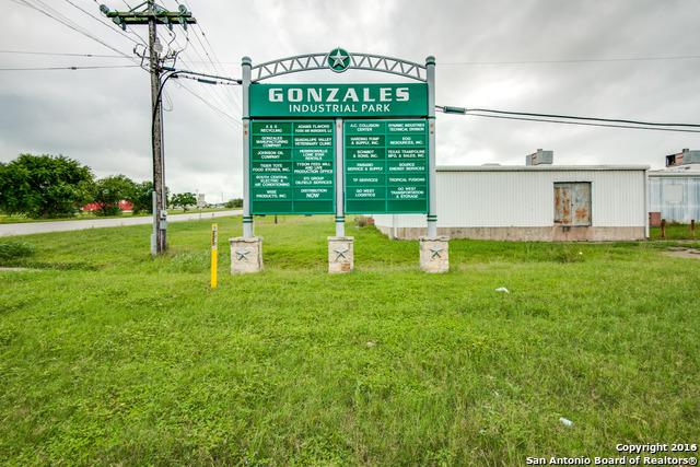 225-commerce-court-gonzales-tx-78629