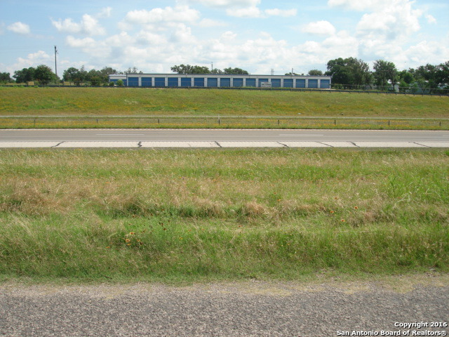 835-north-creek-rd-comfort-tx-78013