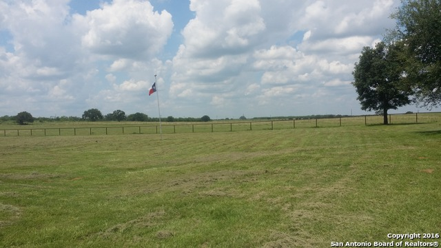 2813-county-road-421-stockdale-tx-78160