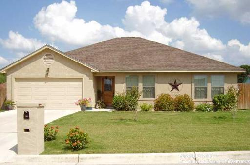 203-club-view-east-seguin-tx-78155