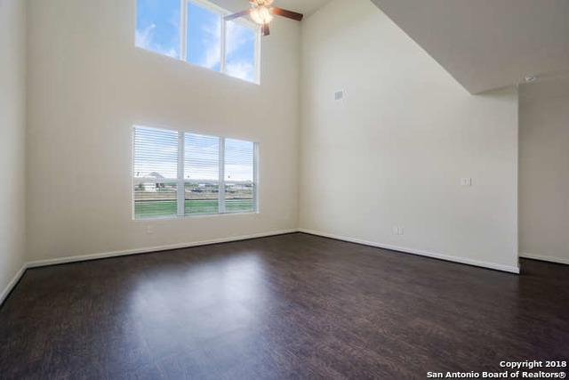 1st Living Area