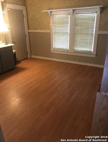 106-free-timber-st-stockdale-tx-78160