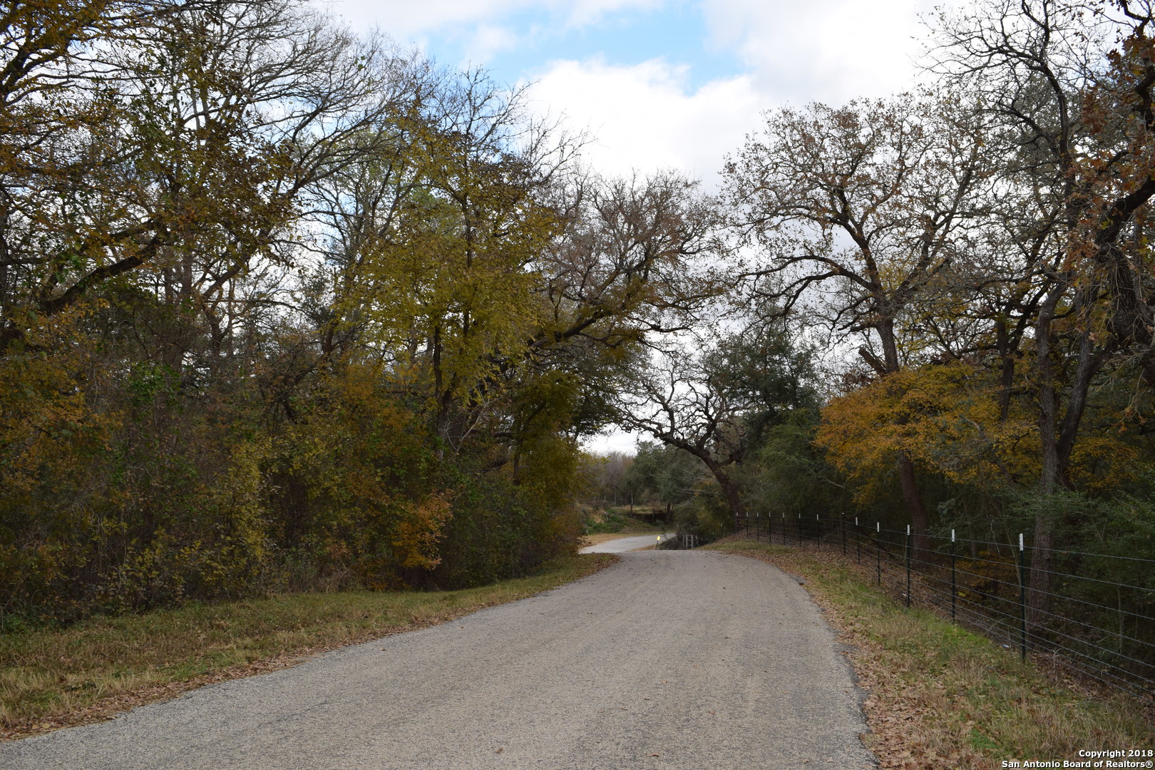 1001-mill-creek-rd-kingsbury-tx-78638