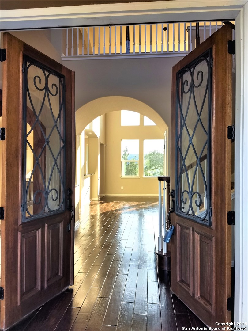 Entry/Foyer